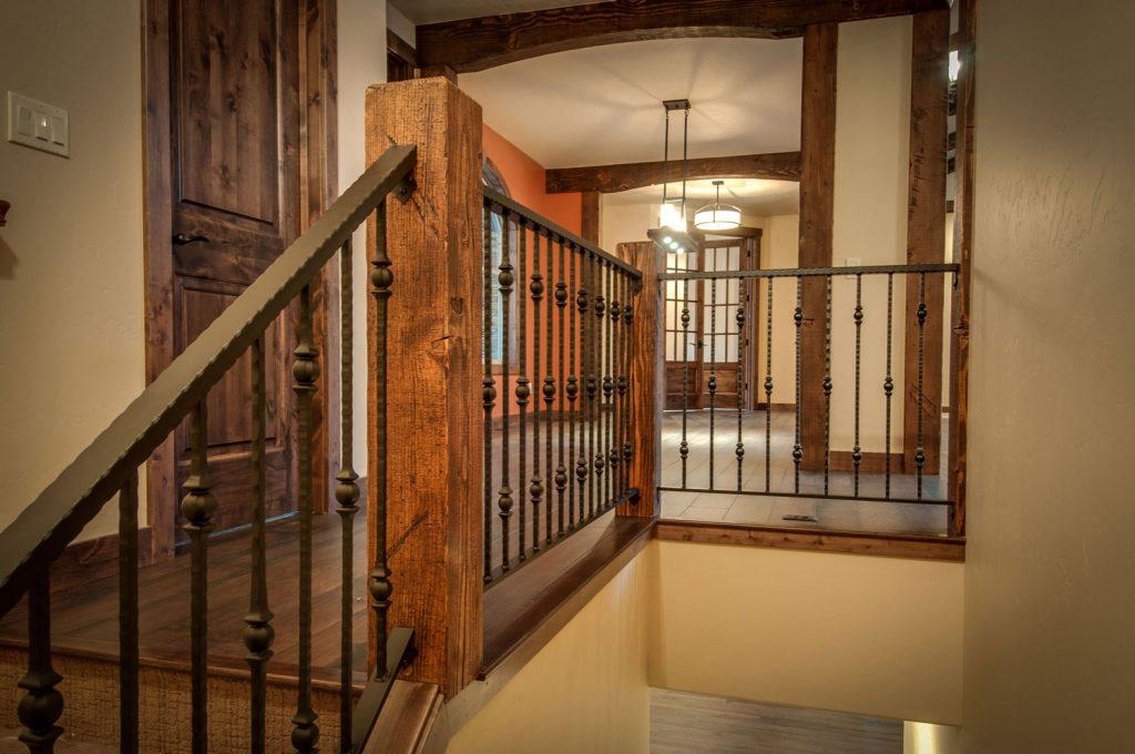 Cougar-Ridge-stair-detail