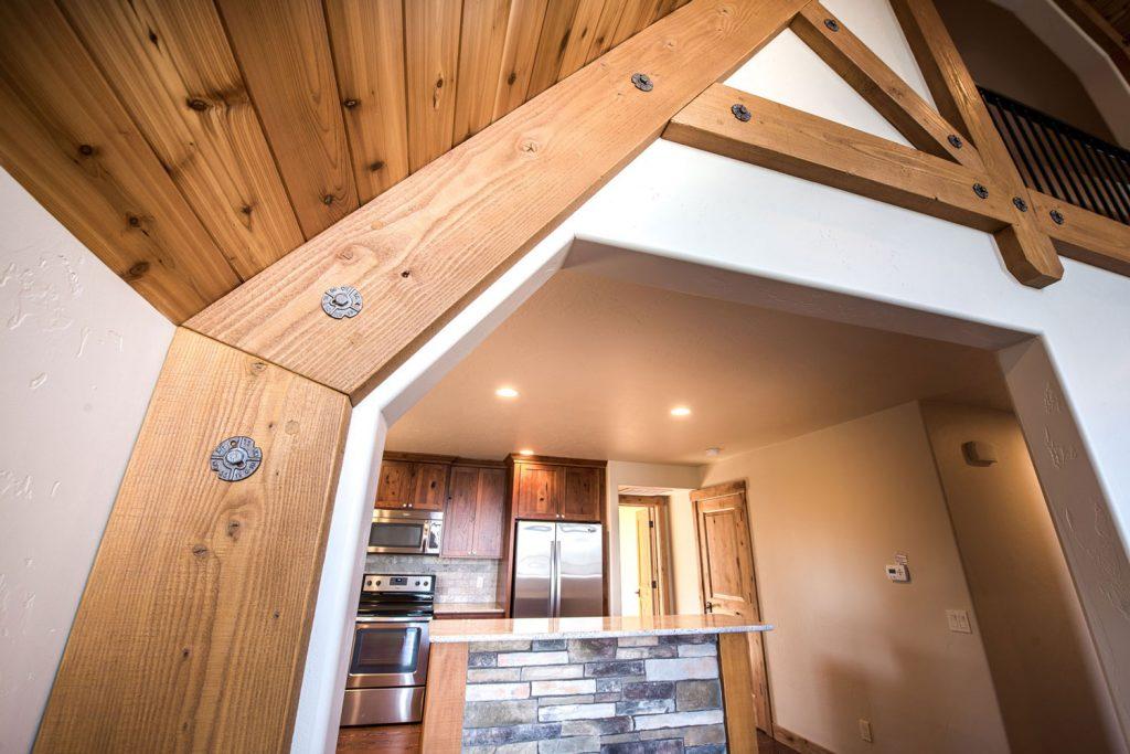 Fernan-timber-detail