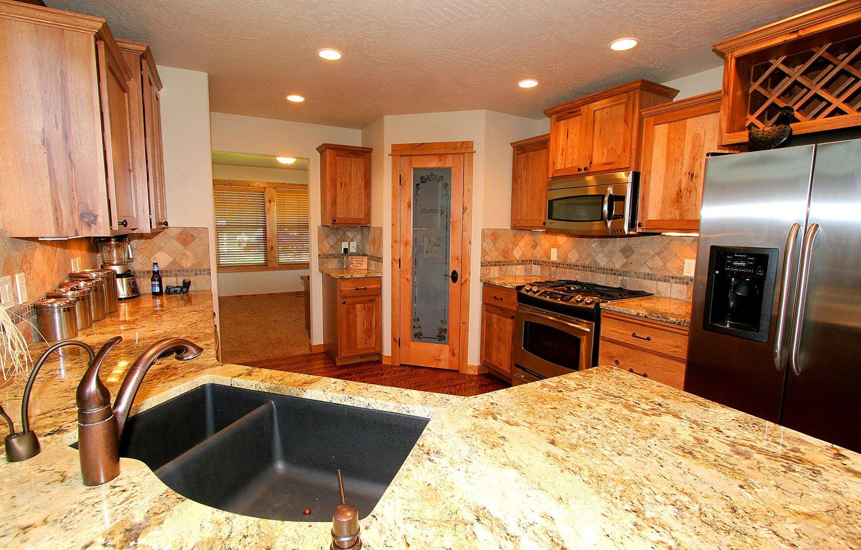 Elkhorn-kitchen-1