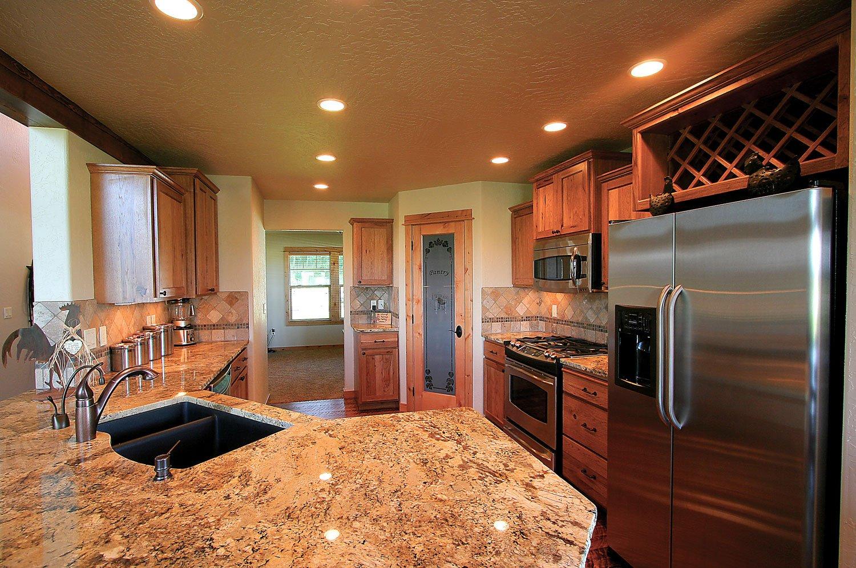 Elkhorn-kitchen-4