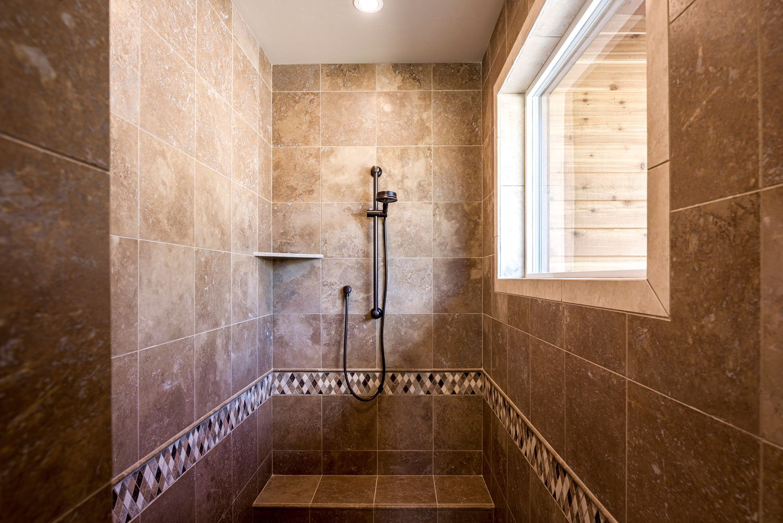mica-bath-shower-1
