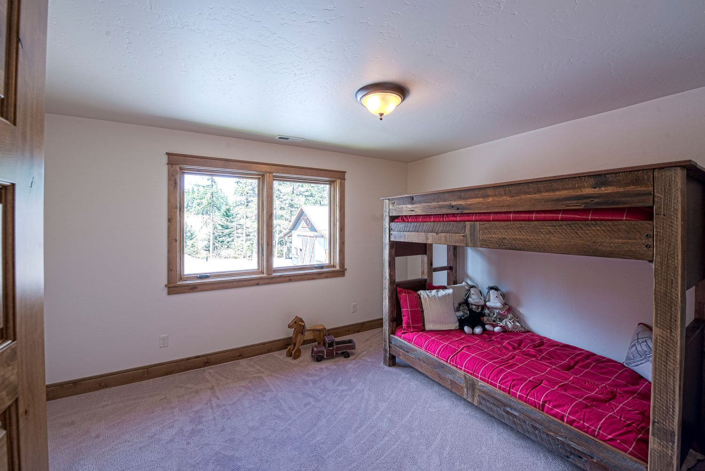 mica-bedroom-3