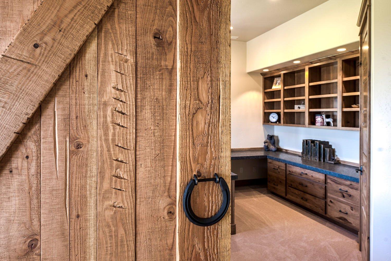 mica-office-barn-door-detail