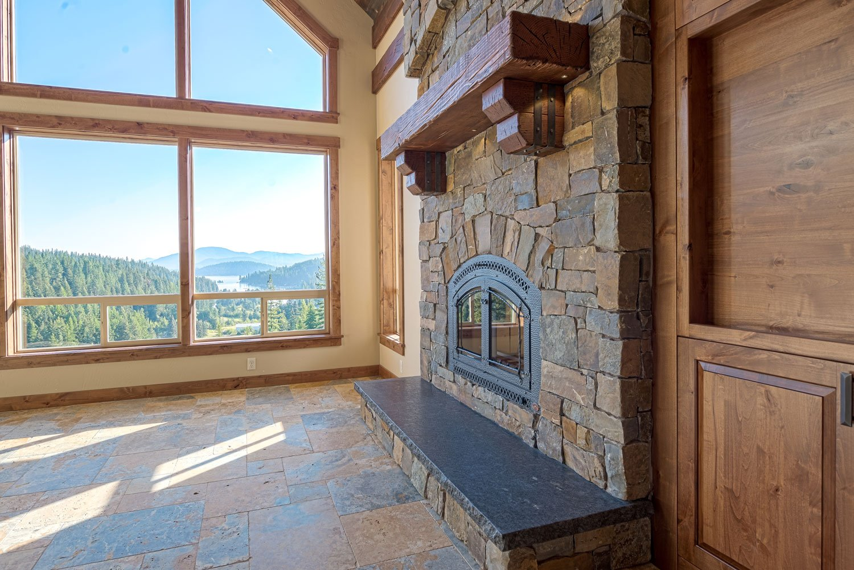 kidd-creek---fireplace-mantle-detail
