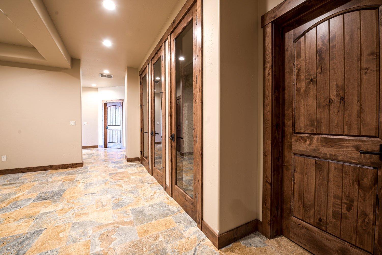 kidd-creek---hallway