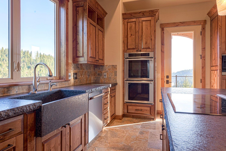 kidd creek - kitchen-view-toward-deck