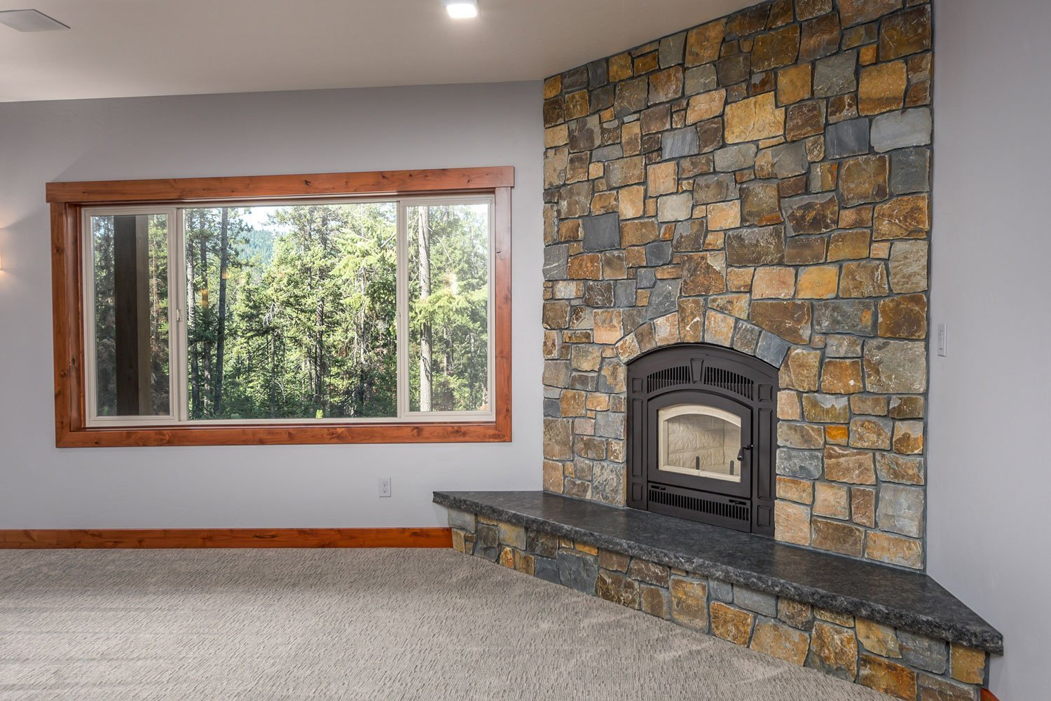 bane-built-meadowbrook-family-room-fireplace-3091