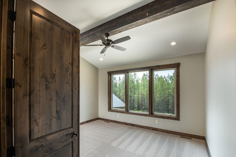 bane-built-pines-bedroom-1-4626-Edit