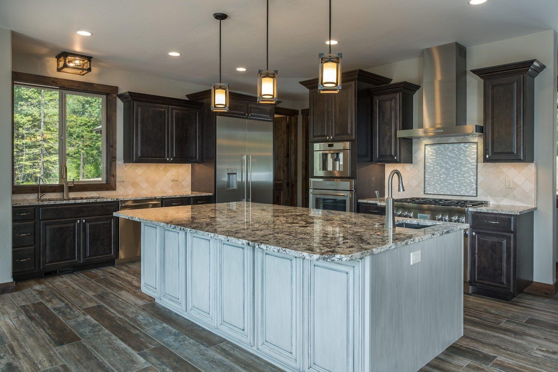 bane-built-pines-kitchen-island-front-4505-Edit
