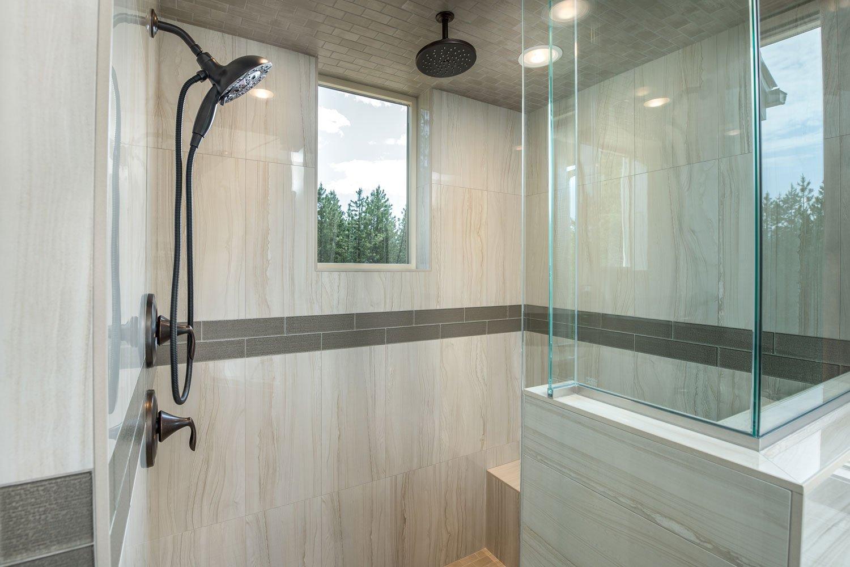 bane-built-pines-master-shower-4660-Edit
